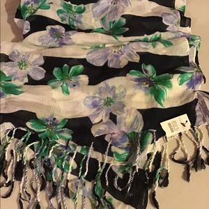 NWT Talbots scarf